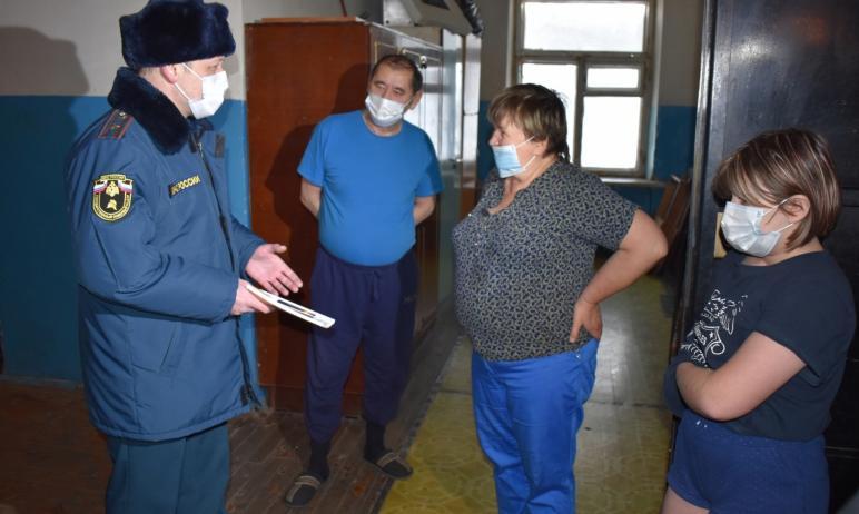 С приходом в Челябинскую область сильных морозов возросло и количество пожаров в жилье. Пожарные