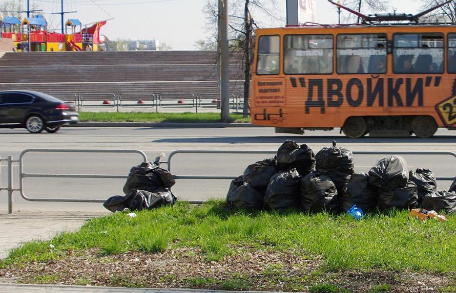 Работа идет во всех районах города. К примеру, только в Курчатовском районе за неделю вывезли вос