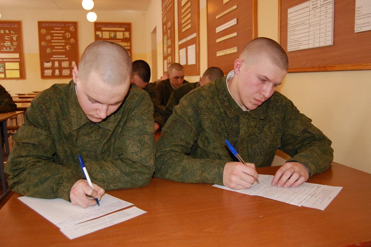 Призывники направятся в части сухопутных войск Российской Федерации, сообщил агентству «Урал-прес