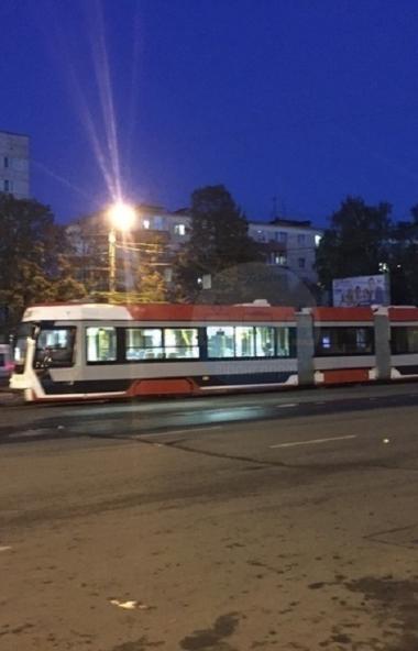 Трехсекционный трамвай Усть-Катавского вагоностроительного завода, который тестируют в Челябинске