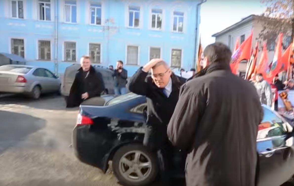 Как написал в своем блоге челябинский оппозиционер, лидер регионального отделения движения Алексе