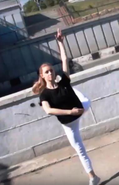 Юные и прекрасные челябинские балерины станцевали на улицах родного города, таким необычным и зам