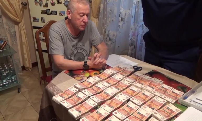 Бывший мэр Челябинска Евгений Тефтелев, осужденный за получение взятки, заплатил весь уголовный ш