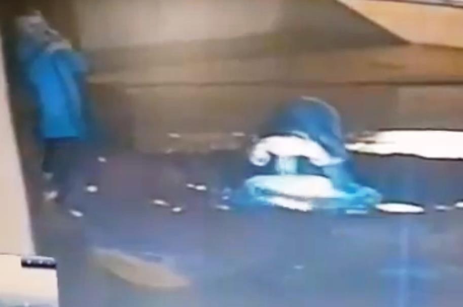 Златоустовскими полицейскими задержаны подозреваемые в вандализме на мемориале Славы. Ими оказали