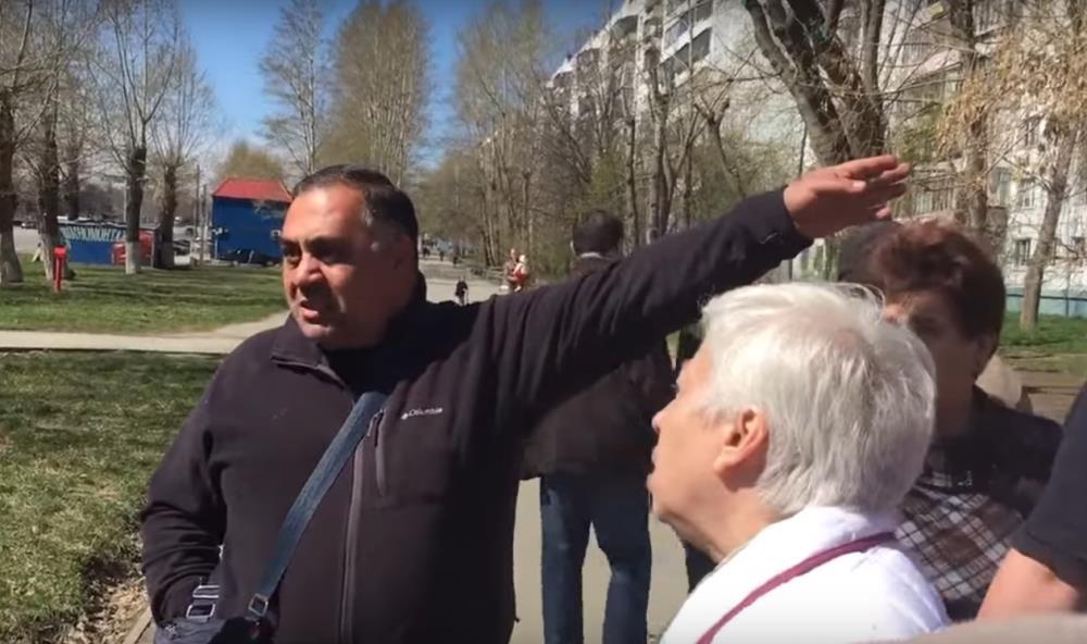 Очередной скандал с рубкой деревьев произошел 30 апреля, когда челябинцы узнали о намерении владе