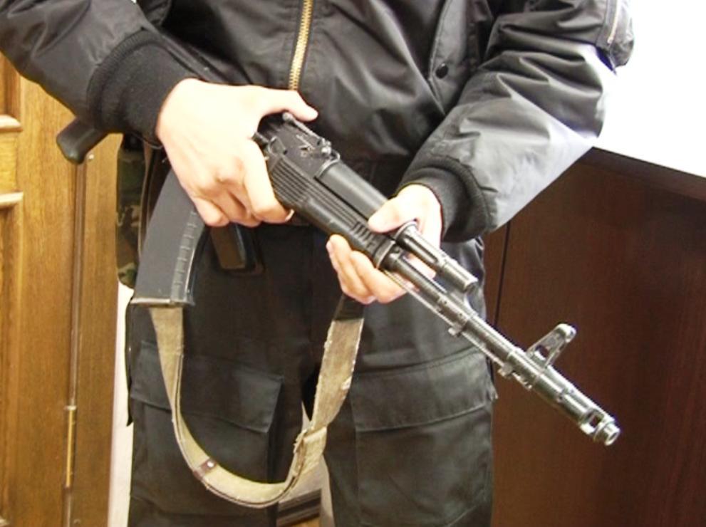 В администрации Юрюзани (Челябинская область) проходят обыски. Силовики изымают документацию.