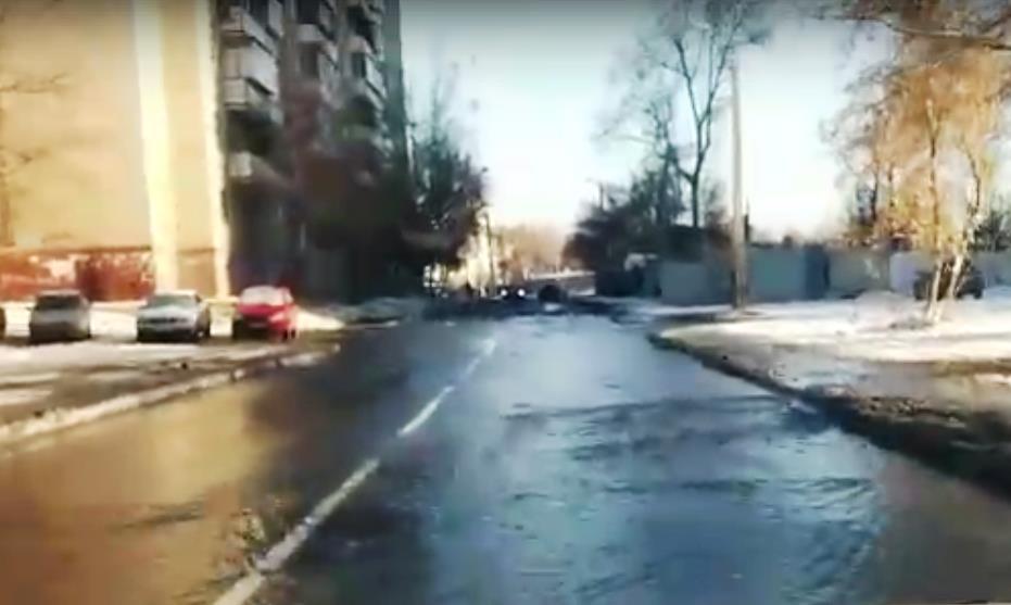 Глава города Евгений Тефтелев сегодня, 30 октября, на аппаратном совещании заявил, что держит сит