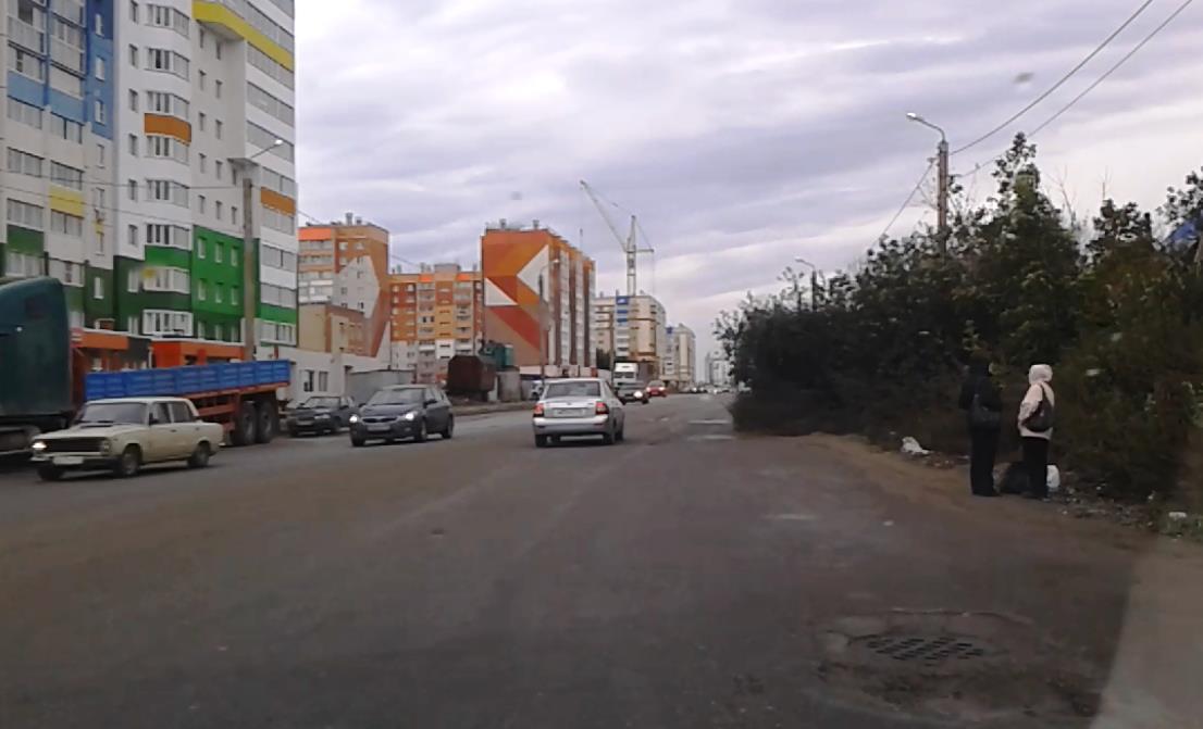 Сейчас можно предполагать, что, например, проломы асфальта могут произойти в любой части города.