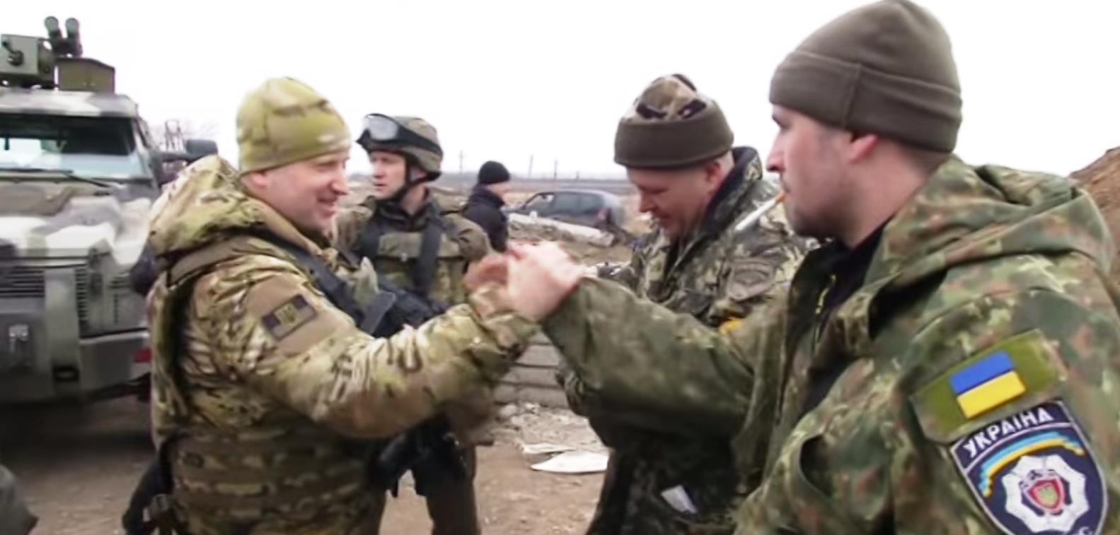 Как стало известно агентству «Урал-пресс-информ» из размещенных в сети Интернет видеоматериалов,