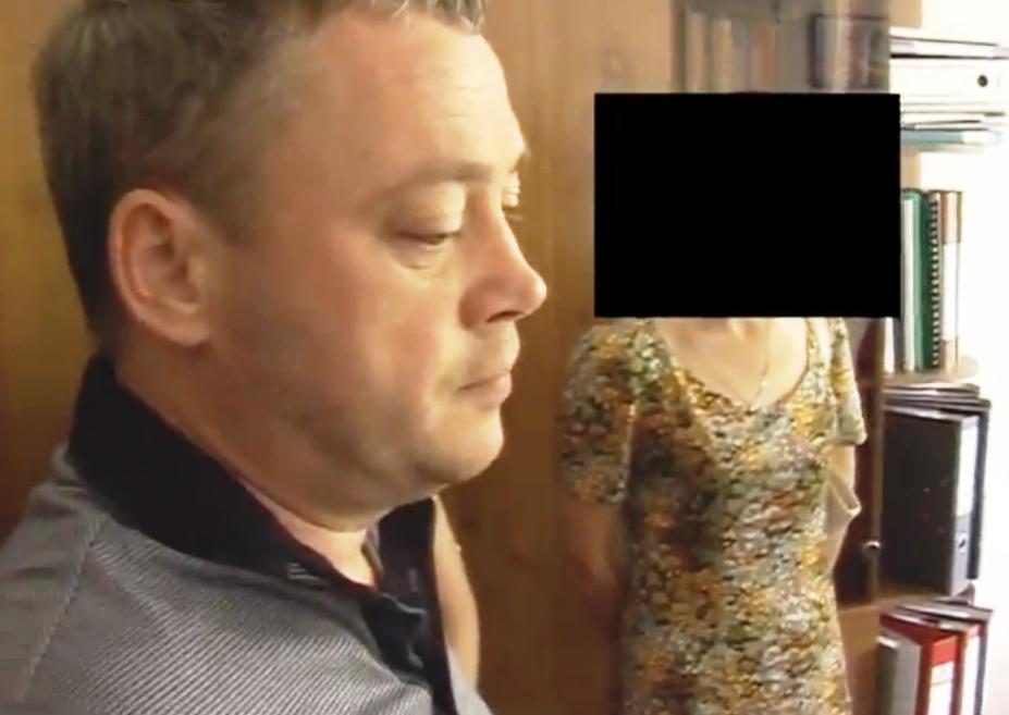 Как сообщил омбудсмен агентству «Урал-пресс-информ», арестованный страдает раком кожи, состояние