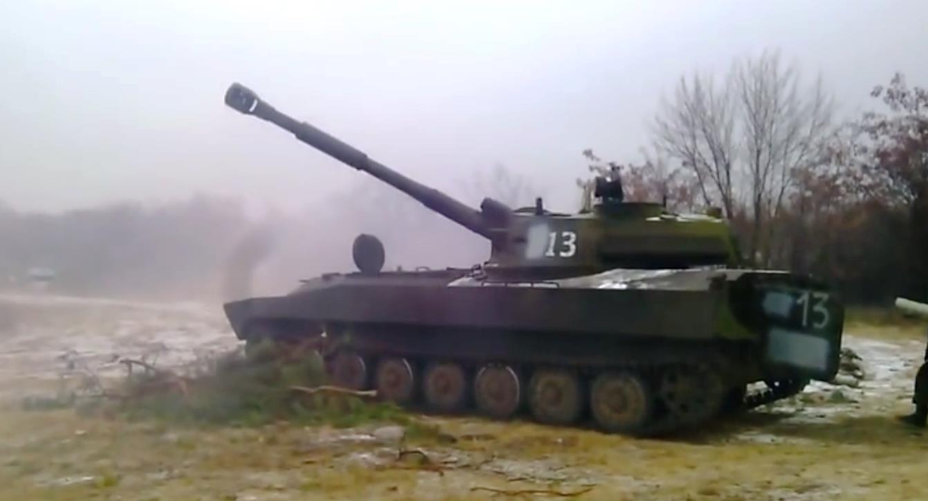 По позициям ополчения в районе станицы Луганской нанесли удары украинские САУ