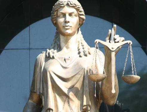 «Сегодня суд огласил только резолютивную часть. Гражданские иски были оставлены без рассмотрения.
