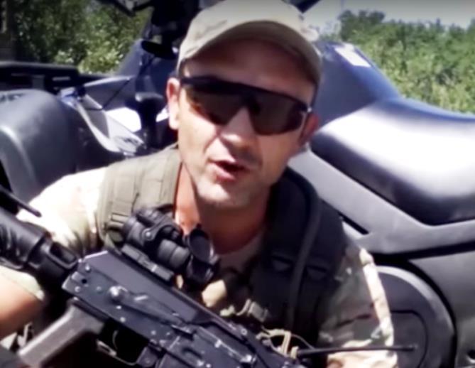 Как заявил «Орел» на мове своим землякам, пора военнослужащим украинской армии, обманутых Киевом,