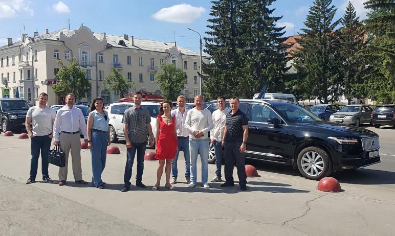 В преддверии празднования Дня российского предпринимательства сегодня, 26 мая, представители Челя