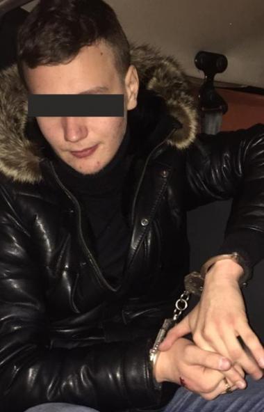 Чем ближе новогодние праздники, тем чаще в Челябинске стали происходить ночные кражи из магазинов