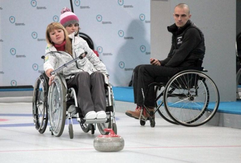 На чемпионате России по керлингу на колясках Челябинскую область будут представлять пять спортсме