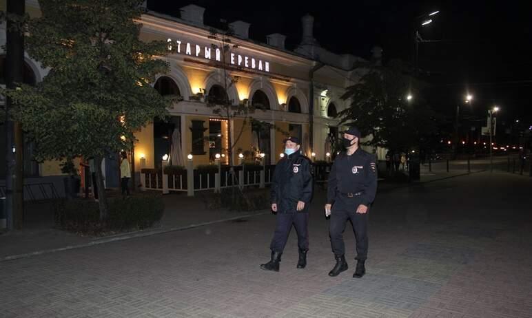 Полицейские Челябинска совместно с администрацией города проводят беседы с представителями ночных
