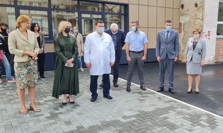 В городской клинической больнице №8 Челябинска сегодня, 16-го июля состоялось знаменательное, оче