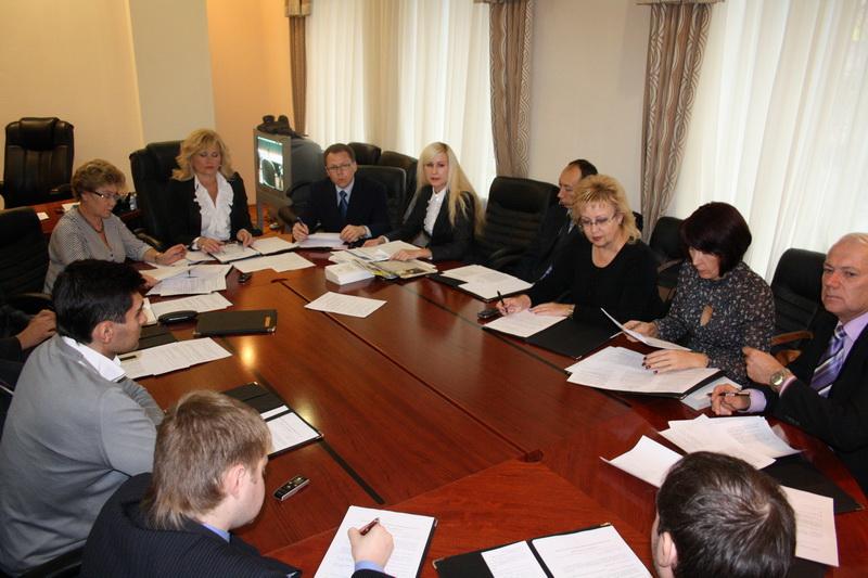 Напомним, 24 декабря 2013 года Челябинская городская Дума назначила юриста облизбиркома Елену Шуб