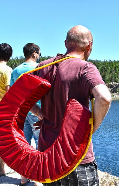 Несмотря на то, что официально купальный сезон в Челябинске еще не открыт из-за режима повышенной