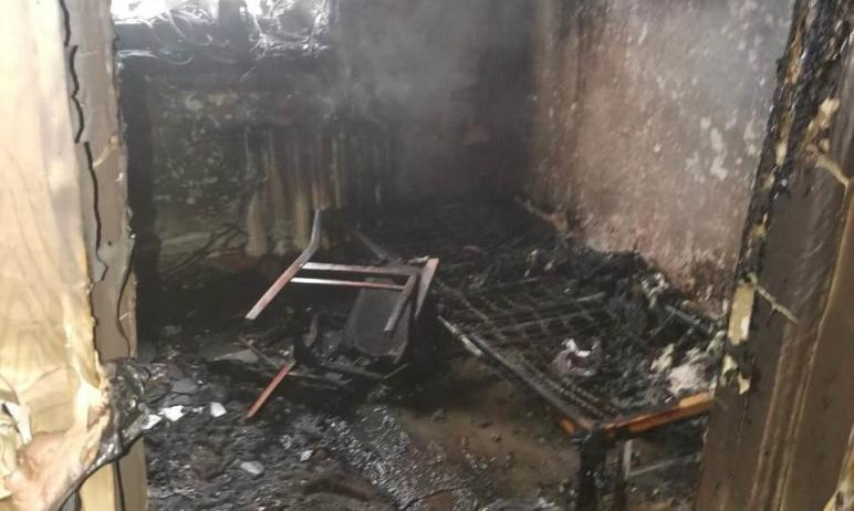 В Магнитогорске (Челябинская область) произошел пожар в частном жилом доме. В нем находилась дево