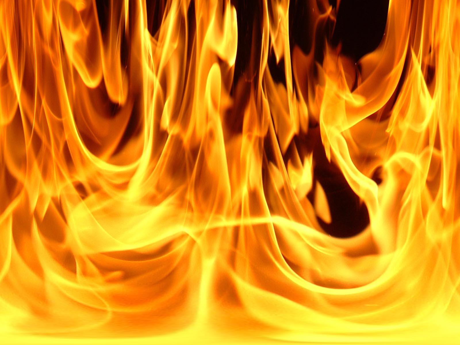 Вчера, 15-го февраля, в Катав-Ивановске произошло возгорание в жилом доме. В результате пожара по
