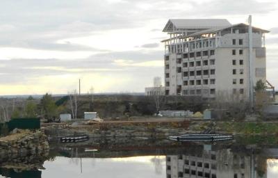 Прокуратура вплотную занялась подконтрольной экс-мэру Давыдову фирмой «Авега», которая «облагораживает» «Союз» и «Еловое»