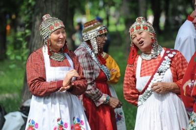 Сабантуй-2014 обрадовал и щедро угостил челябинцев