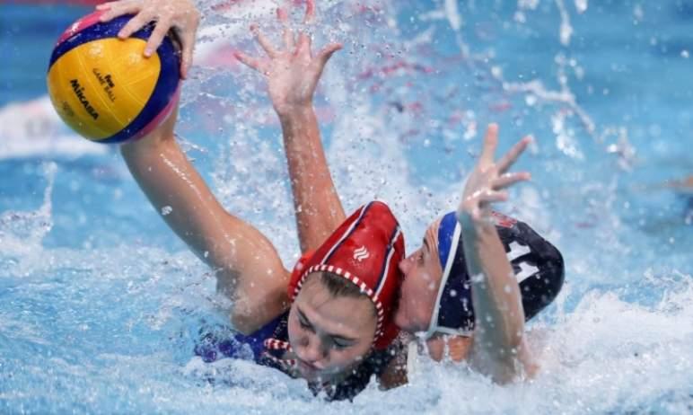 Женская сборная России по водному поло, в составе которой три спортсменки «Динамо-Уралочки» Злато