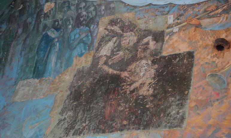 В Свято-Троицком кафедральном соборе города Троицка (Челябинская область) в канун нового года нач