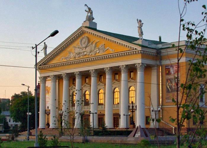 Как сообщила корреспонденту агентства «Урал-пресс-информ» руководитель литературно-драматургическ