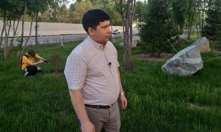 Председатель комитета дорожного хозяйства Челябинска Ринат Кучитаров показал свою любимую развязк