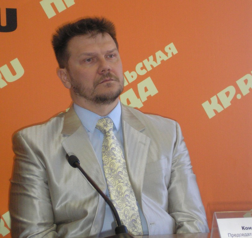 Как сообщил агентству «Урал-пресс-информ» Константин Захаров, если человек вовремя не заплатил по