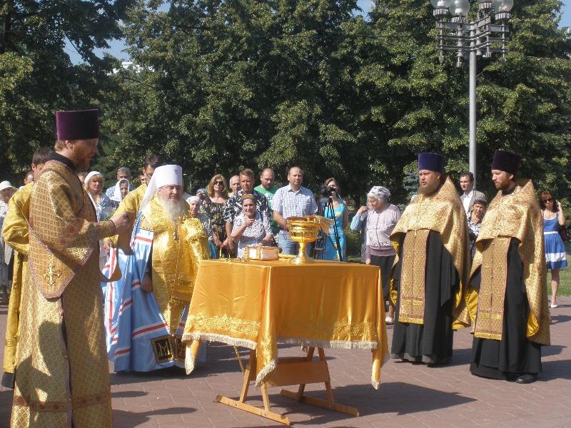 В рамках общенациональной программы «В кругу семьи» памятники этим святым установлены уж