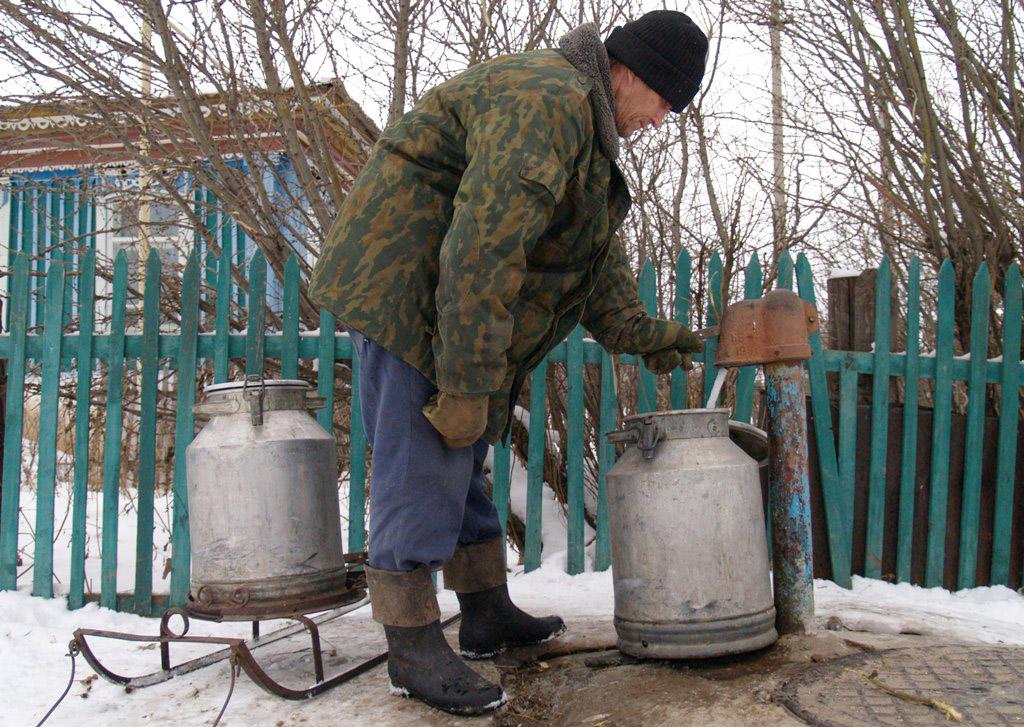 Поселок Тургояк (Миасс, Челябинская область) несколько днй оставался без воды. Местный пансионат