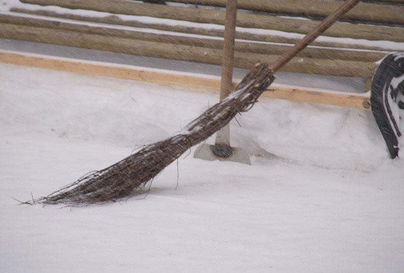 По поручению главы Челябинска Владимира Елистратова уборка улиц города от снега идет в усиленном