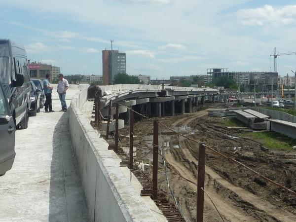 Строительство развязки Улица Братьев Кашириных – Труда – Российская началось в 2008 году и, учиты