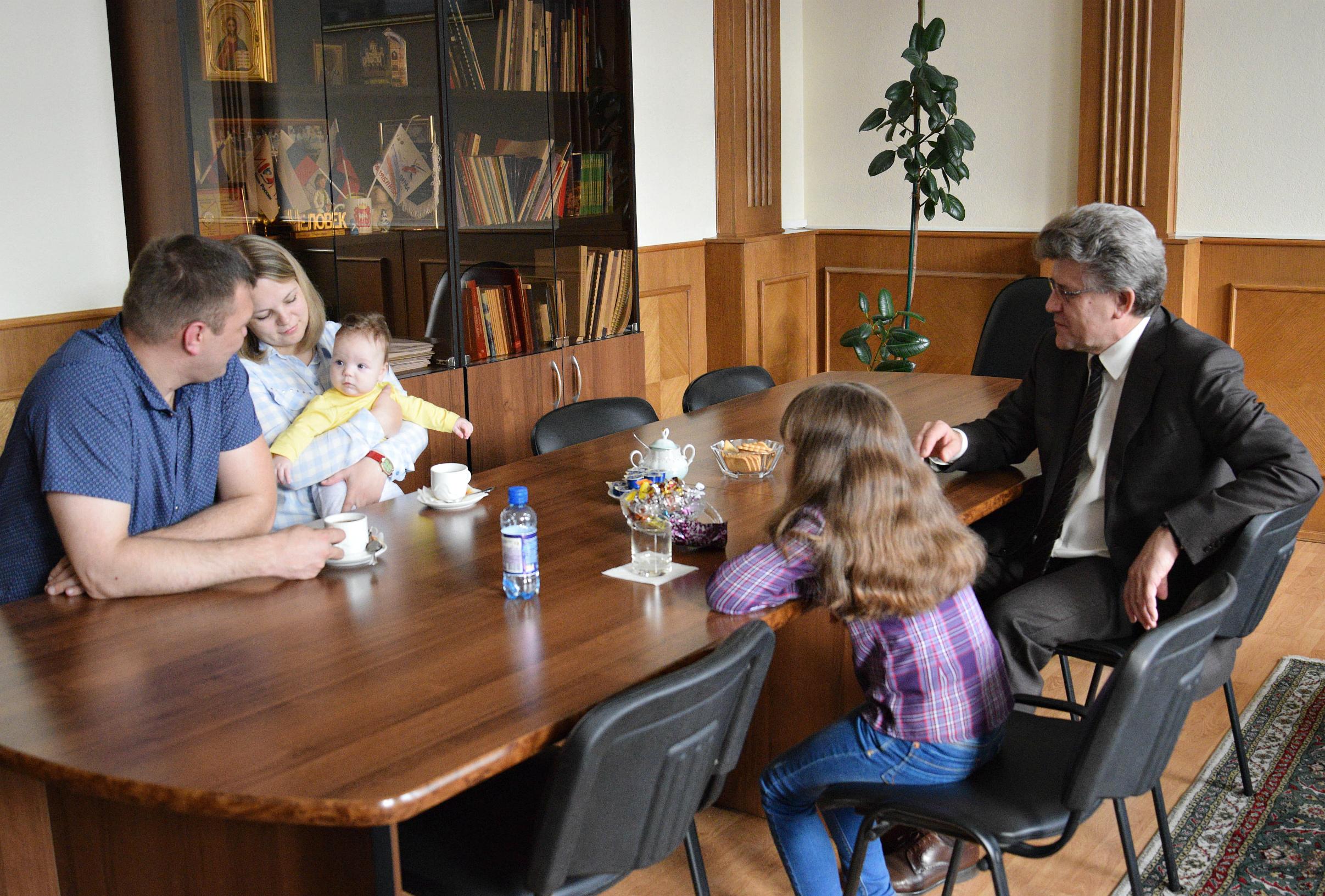 В 2018 году из бюджета Челябинской области дополнительно выделено 326 миллионов рублей на закупку