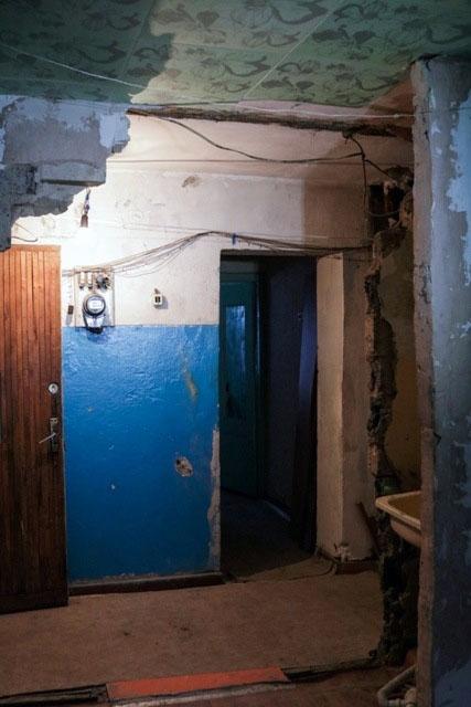 Обрушение стены произошло в одной из комнат коммунальной квартиры в доме Челябинска при попытке х