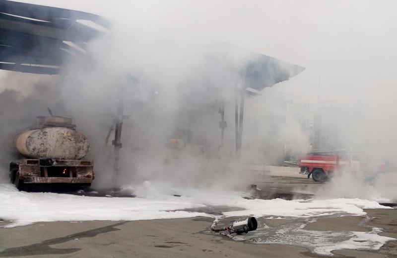 В Челябинске в пятницу, 19 октября, на улице Потребительской в начале рабочего дня вспыхнул бензо