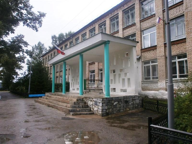 Школы Челябинской области к новому учебному году устраняют ранее выявленные общественниками наруш