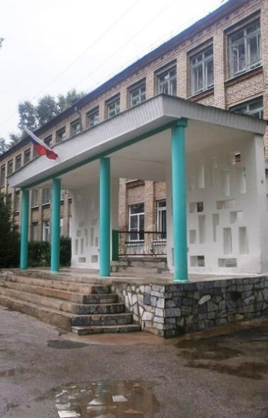Практически все школы Челябинской области с 23 марта ушли на каникулы. С 30 марта по 12 апреля в