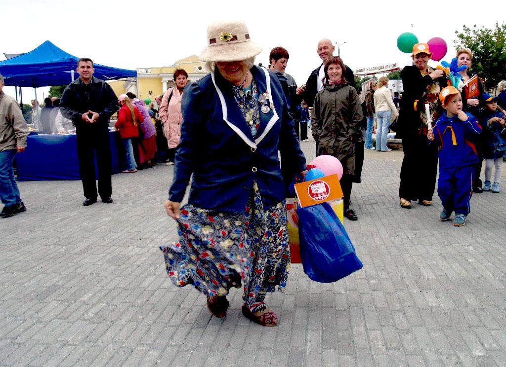 После вмешательства заместителя генпрокурора обманутой пенсионерке из Челябинска вернули деньги.