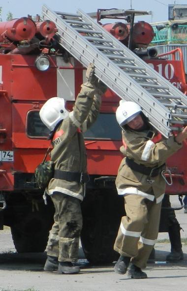 В Челябинске произошел пожар в новом центре по шорт-треку. Силами пожарных оно было оперативно ли