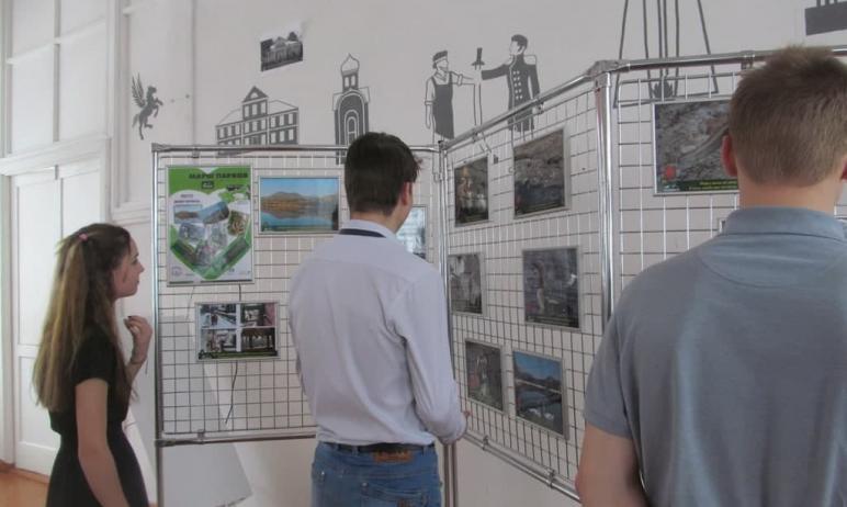 В апреле в четырех школах Златоуста пройдет фотовикторина, посвященная 30-летию национального пар
