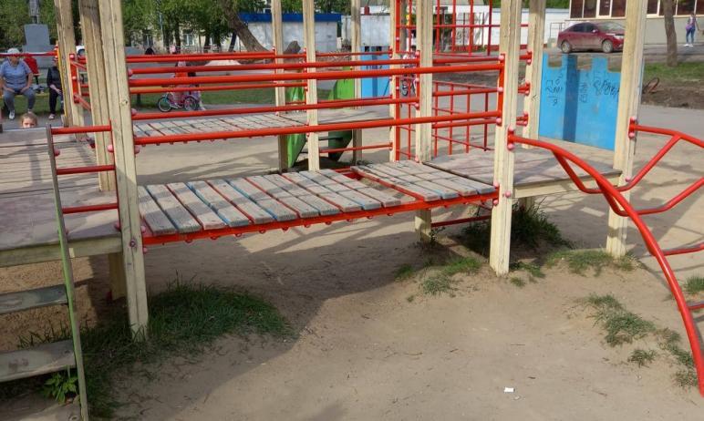 В Копейске (Челябинская область) прокуратура проверит факт получения травмы двухлетней девочкой н