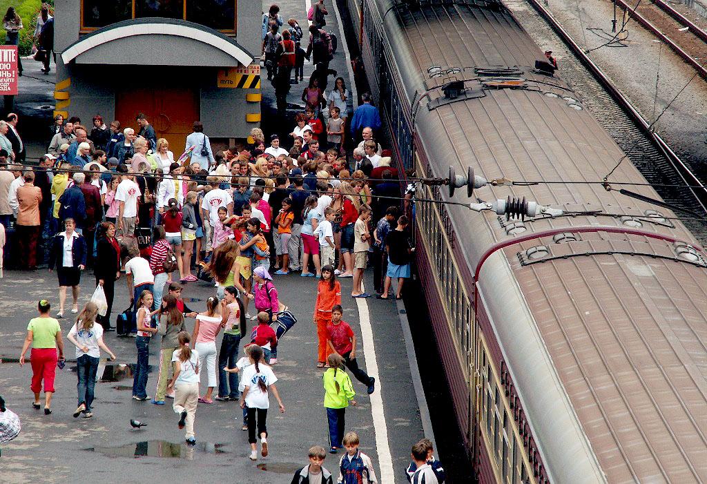 Уральский филиал АО «ФПК» назначил четыре дополнительных рейса «детских» поезда для перевозки орг