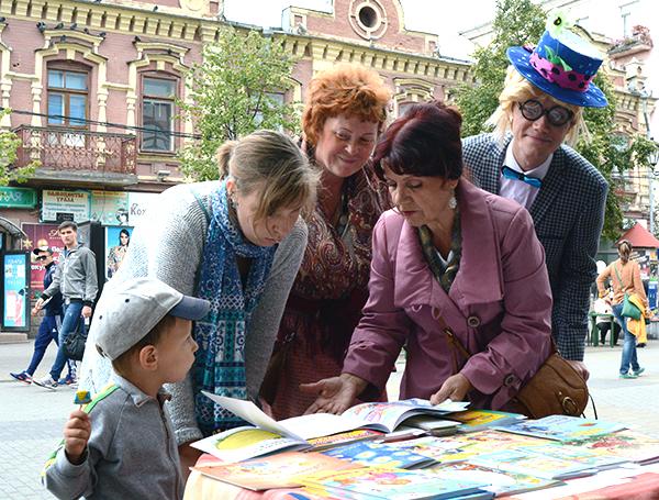 Разговор журналиста Сергея Белковского с челябинским детским поэтом Нин