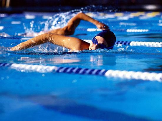 В нем примут участие юные пловцы 2000 – 2002 гг. рождения. Воспитанники школ плавания различных г