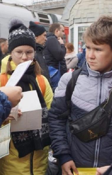 В воскресенье, 29 сентября, в очередное путешествие по России поехали еще 60 южноуральских школьн